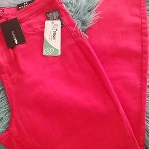 Fashion Nova women jeans